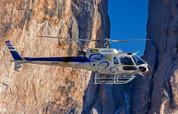 air-helicopter-canyon