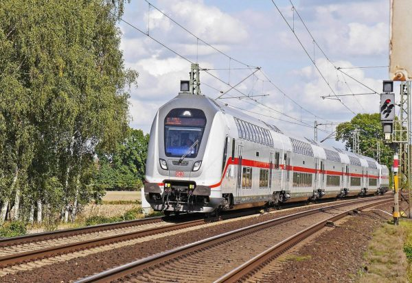 rail-double-deck-train
